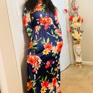 Dresses & Skirts - Maxi dress with pockets